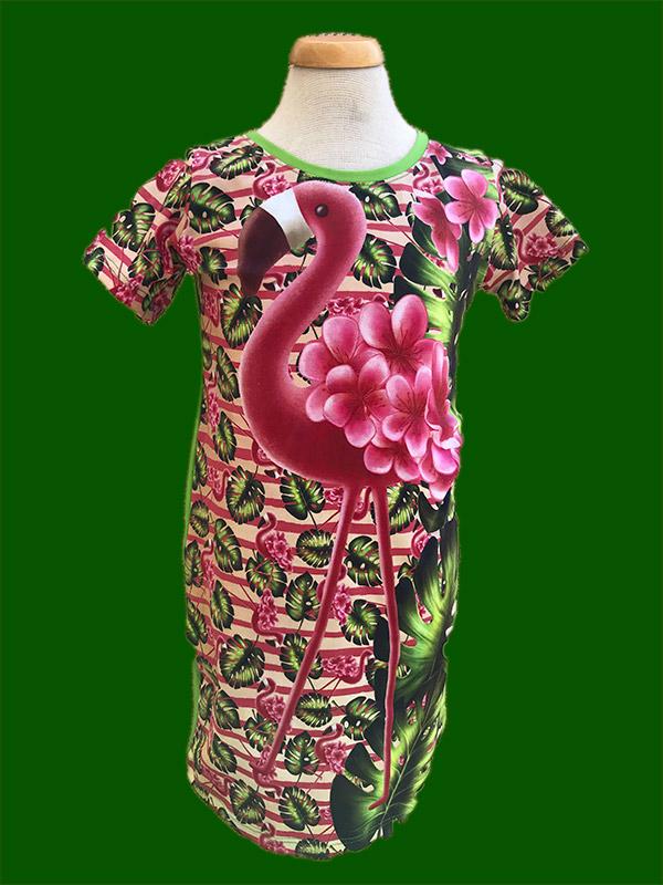 Jurkje flamingo in 't groen